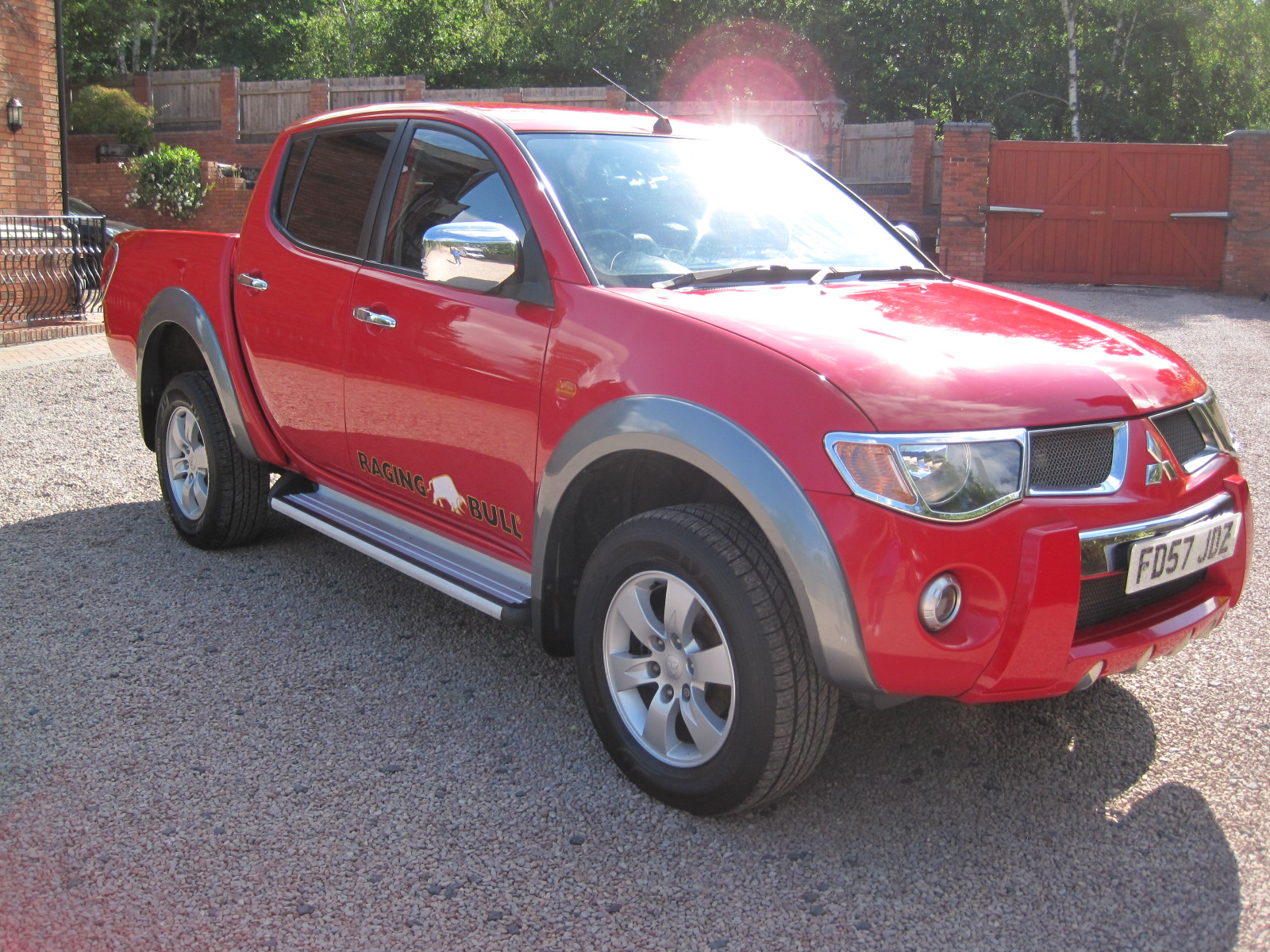 2007 57 Mitsubishi L200 2.5 DI-D Raging Bull Double Cab Pickup 4dr (Smart Nav) OUTSTANDING CONDITION THROUGHOUT! NO VAT!