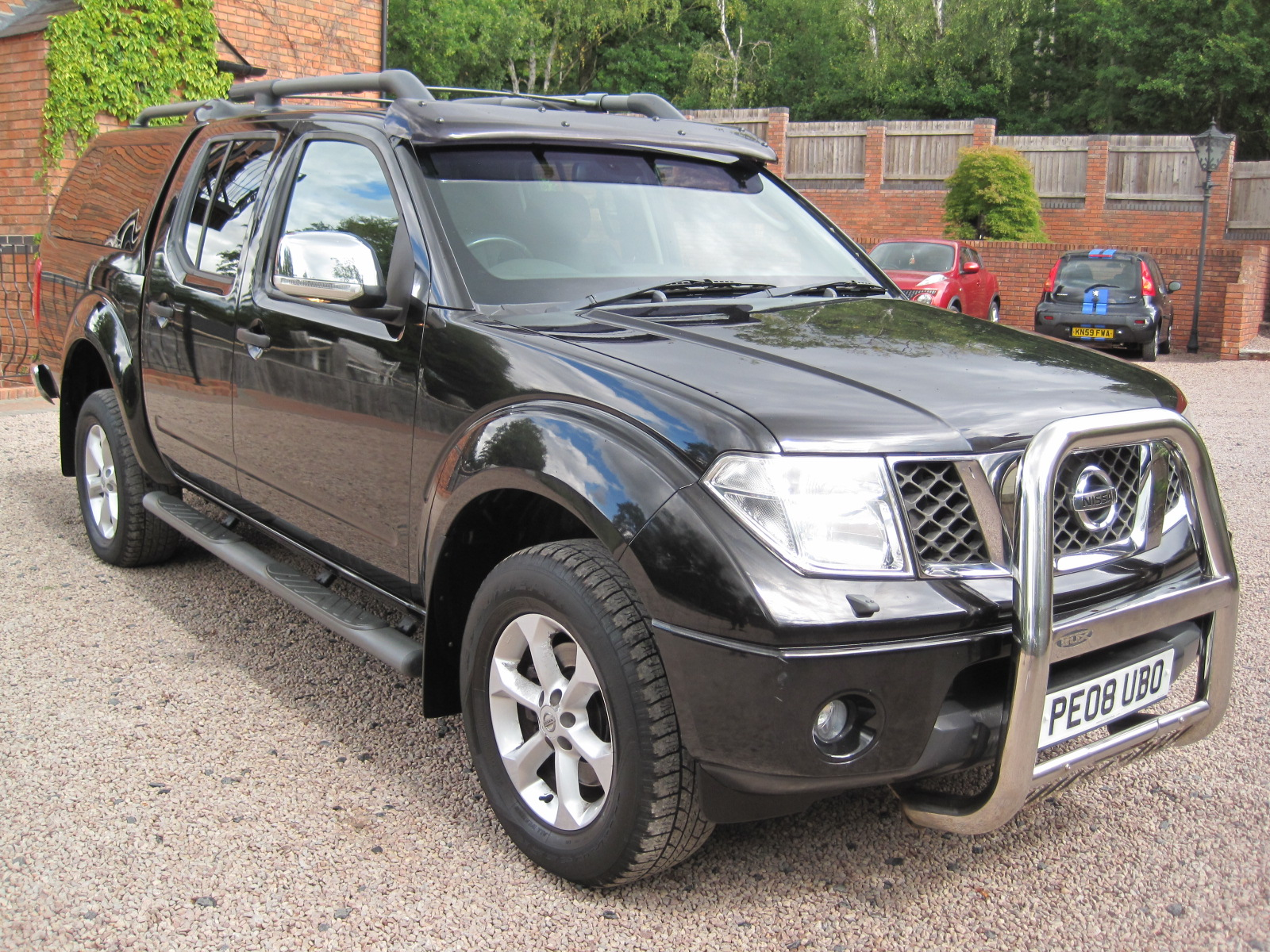 2008 08 Nissan Navara 2.5 dCi Long Way Down Expedition Double Cab Pickup 4dr VERY LOW MILES 65K PRISTINE! NO VAT!