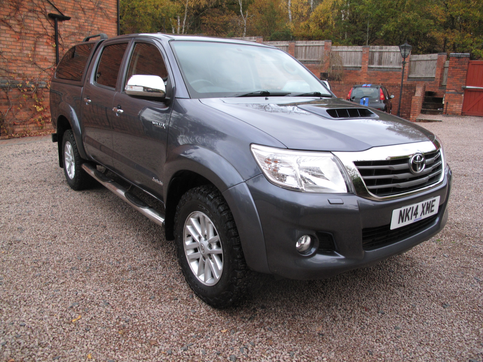 2014 14 Toyota Hilux 3.0 D-4D Invincible Double Cab Pickup LOW MILES 1 OWNER ONLY USED AS A CAR ABSOLUTELY PRISTINE! PLUS VAT!