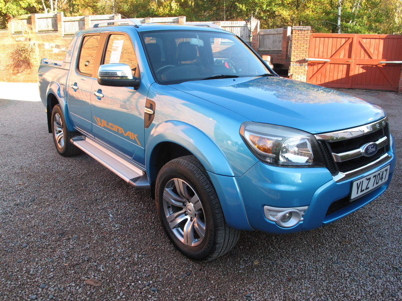 2010 10 Ford Ranger 3.0 TDCi Wildtrak Double Cab Pickup 4×4 4dr ABSOLUTELY STUNNING TRUCK, NO VAT!