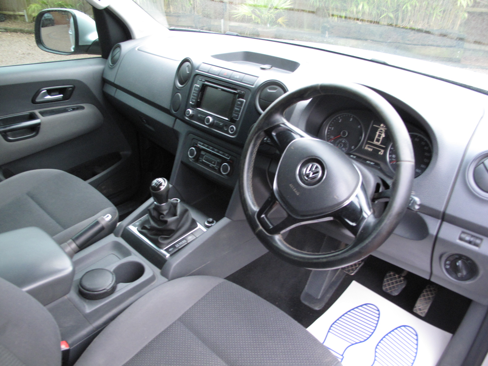 2016 65 Volkswagen Amarok 2.0 TDI Trendline Sel Pickup 4MOTION ABSOLUTELY PRISTINE CONDITION! NO VAT! SOLD! full