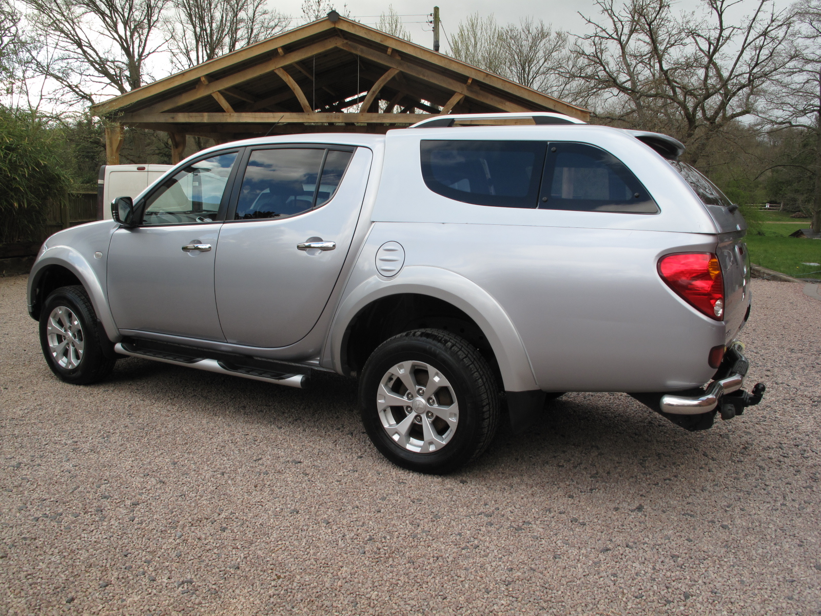 2014 14 Mitsubishi L200 2.5 DI-D CR Warrior 2 176 LB Double Cab Pickup 4WD ABSOLUTELY PRISTINE CONDITION THROUGHOUT! NO VAT! full